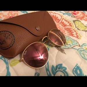 Pink Round Evolve Ray-bans